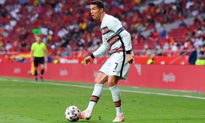 Ronaldo durante l'amichevole tra Spagna e Portogallo