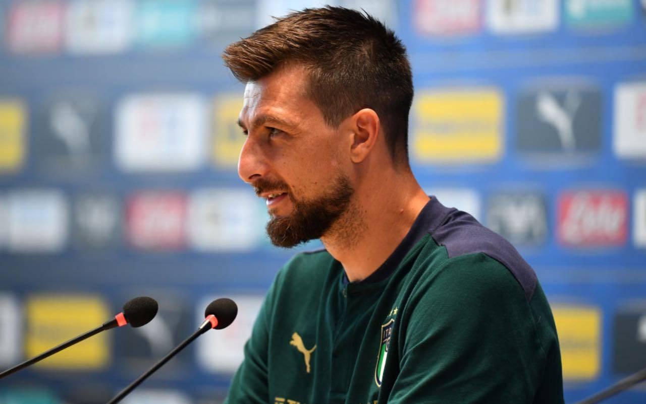 Acerbi in conferenza stampa con l'Italia