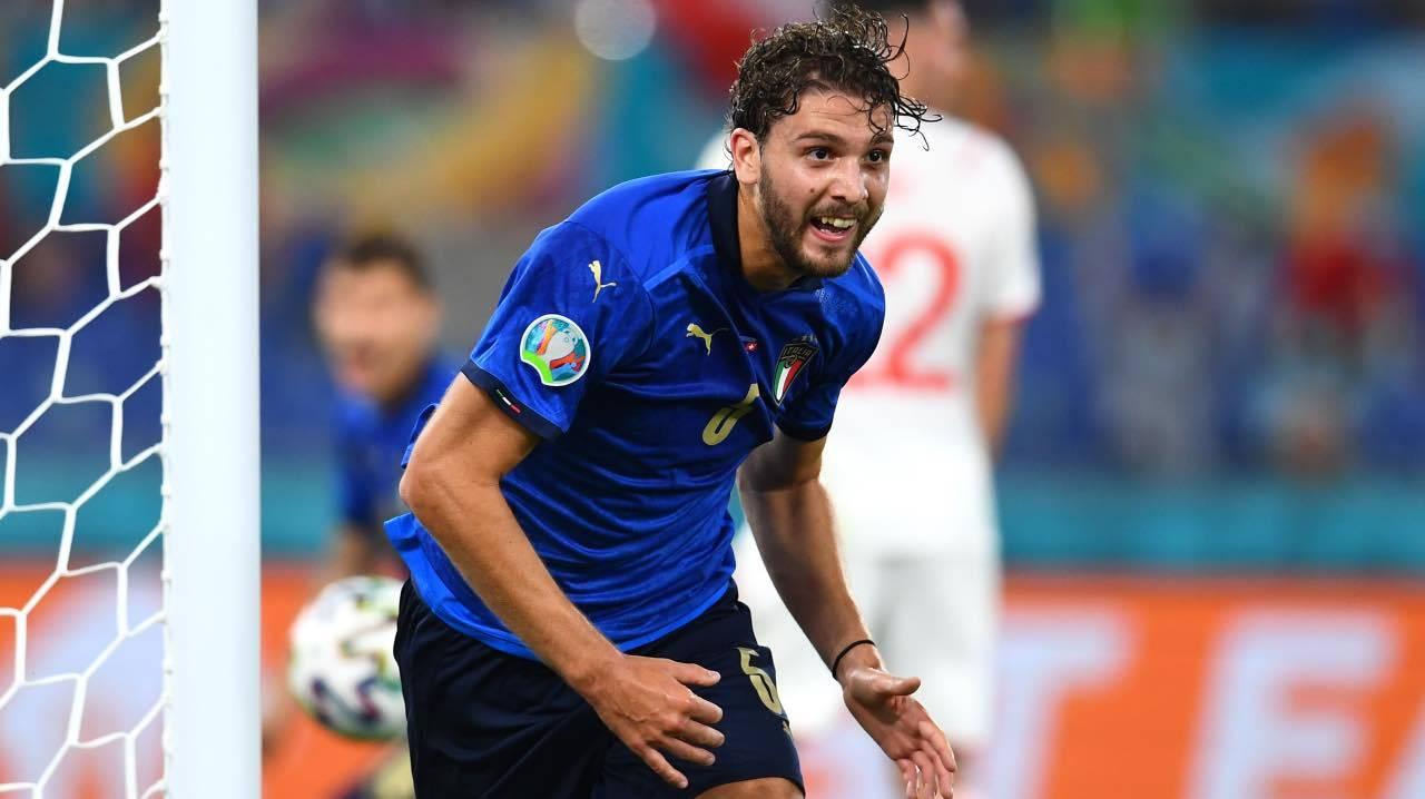 Locatelli esulta con l'Italia