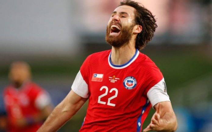 Cile, Ben Brereton esulta dopo il gol contro la Bolivia