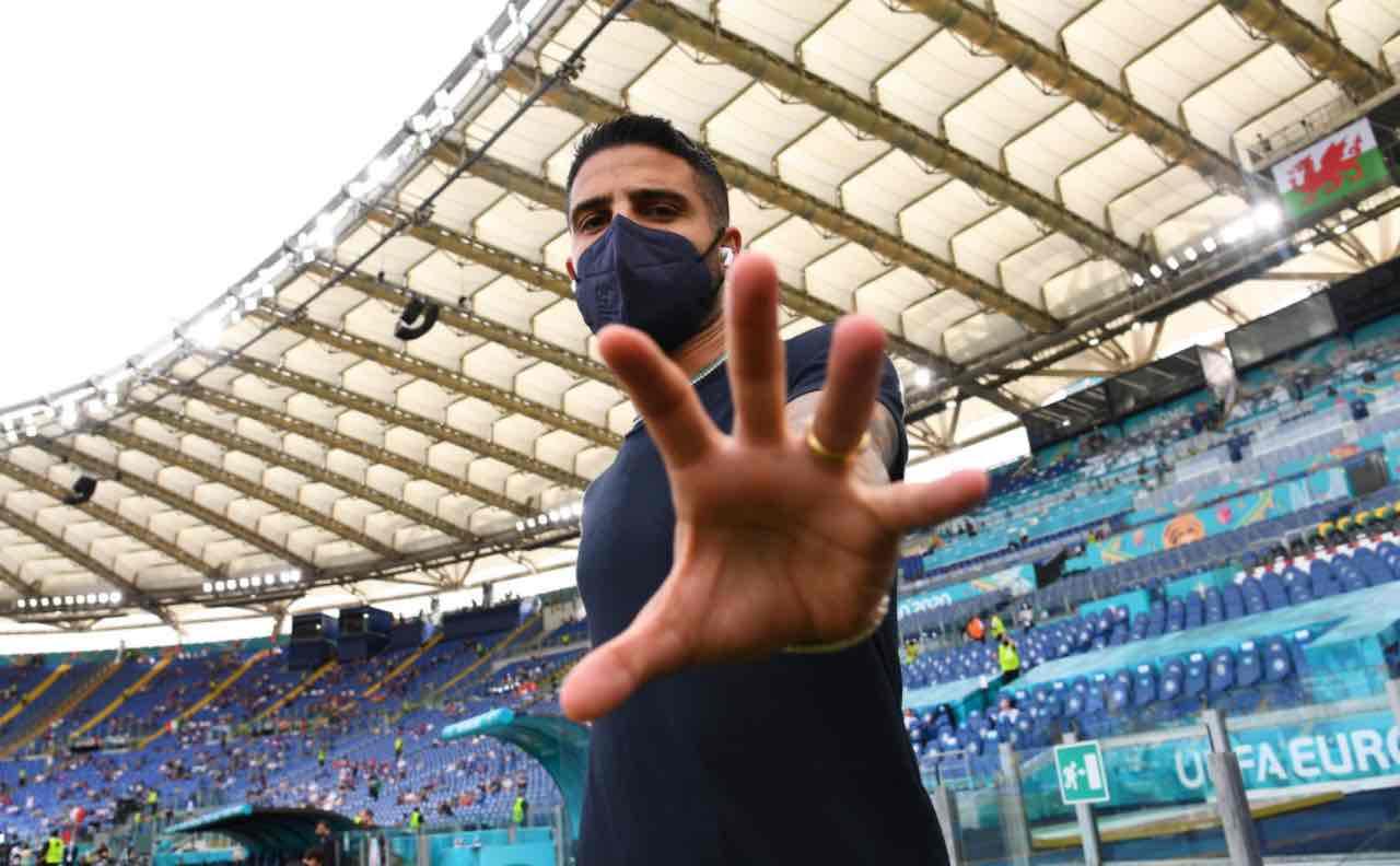 Italia-Galles, Insigne si rivolge alla telecamera
