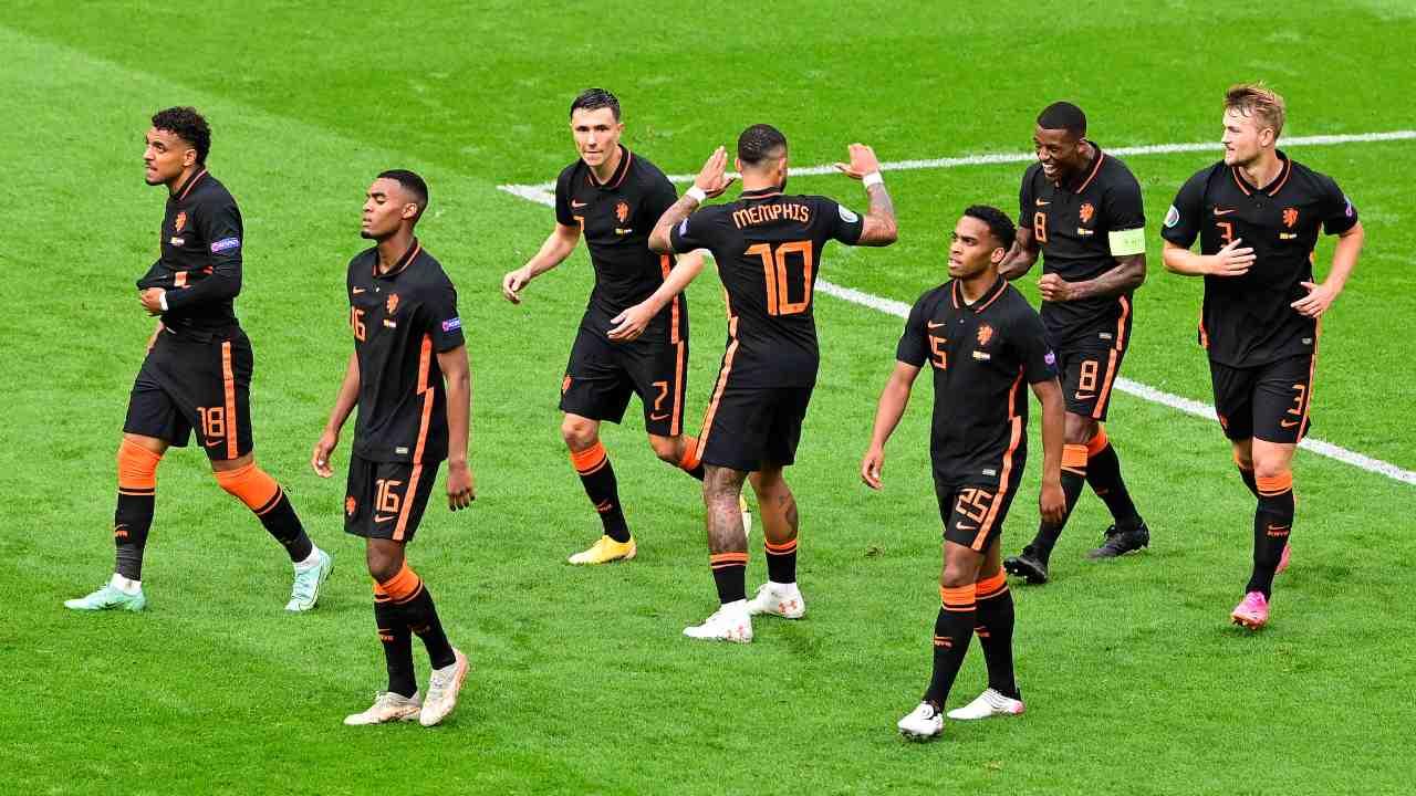 Olanda-Macedonia in campo