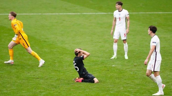 Müller disperato contro l'Inghilterra