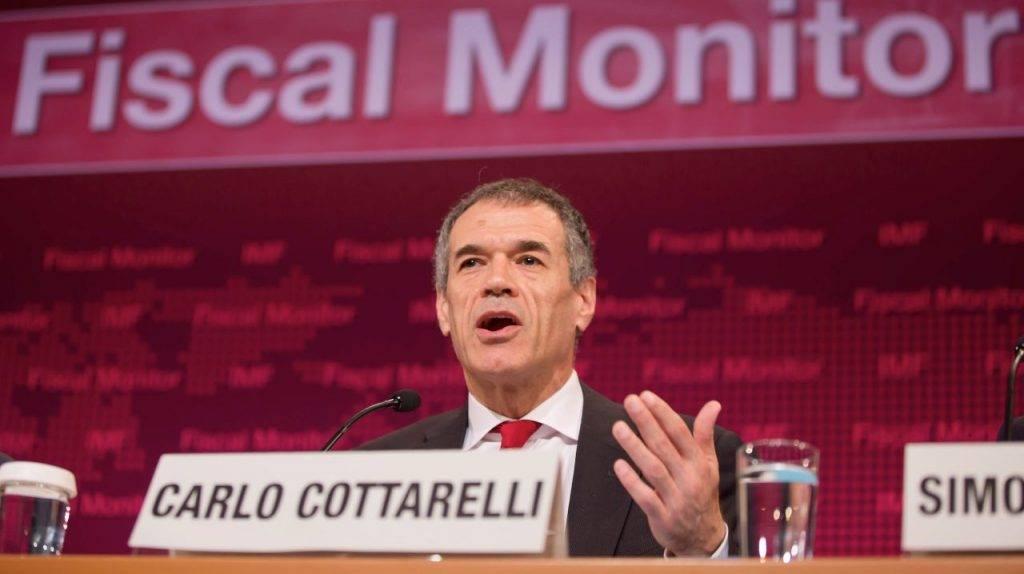 Cottarelli parla in conferenza