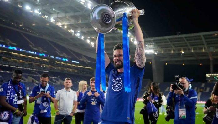 Giroud alza al cielo la Champions League