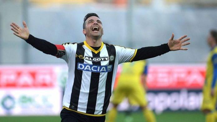 Di Natale esulta ad un gol con l'Udinese