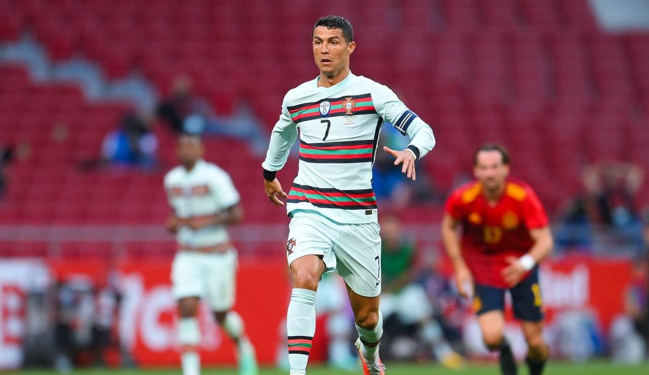 Cristiano Ronaldo in azione durante l'amichevole tra Portogallo e Spagna