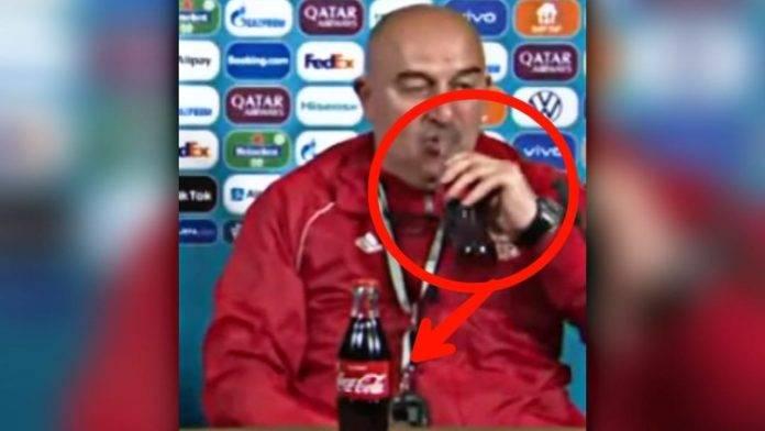 Stanislav Cerchesov beve Coca Cola