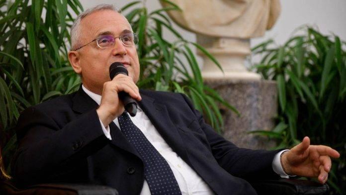 Claudio Lotito durante un appuntamento istituzionale