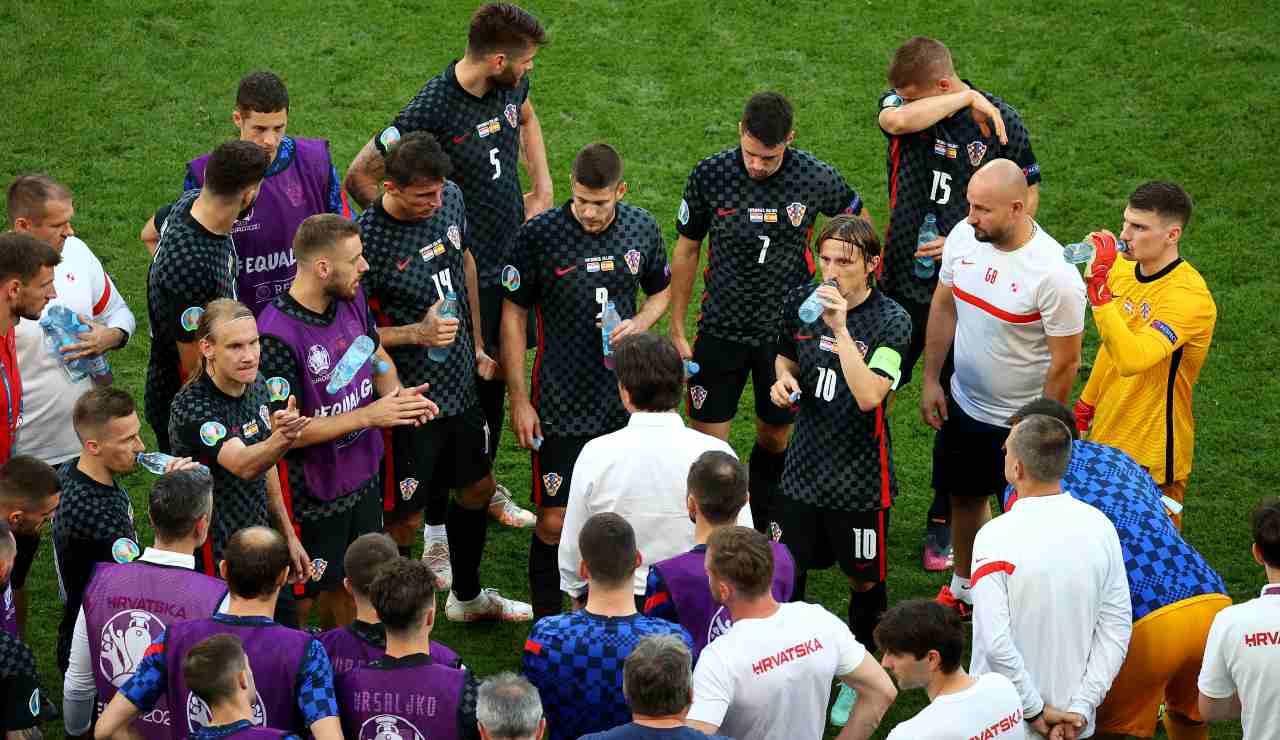 La Croazia in un momento di pausa durante i tempi supplementari della gara con la Spagna