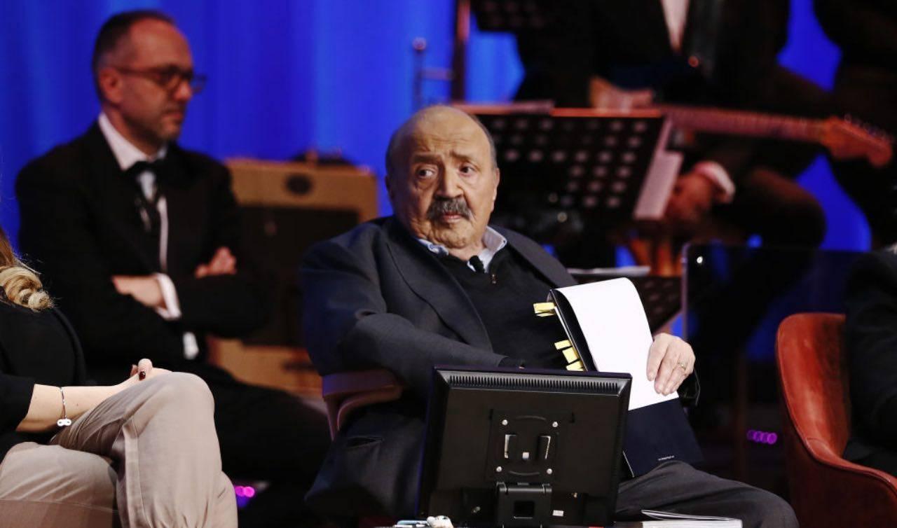Maurizio Costanzo durante uno show