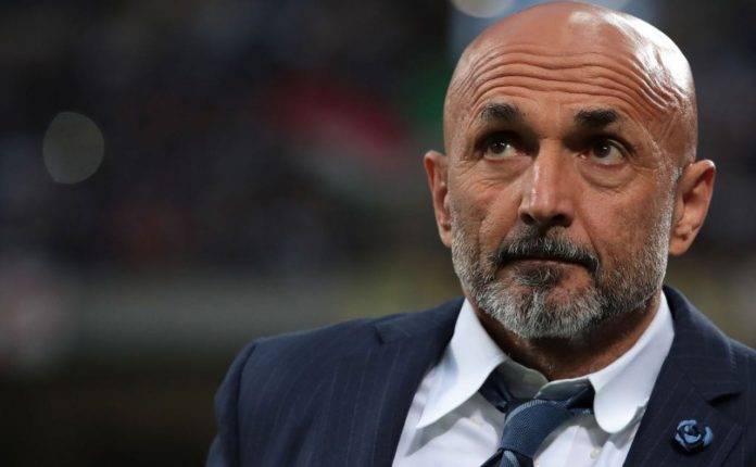 Spalletti dirigendo l'Inter