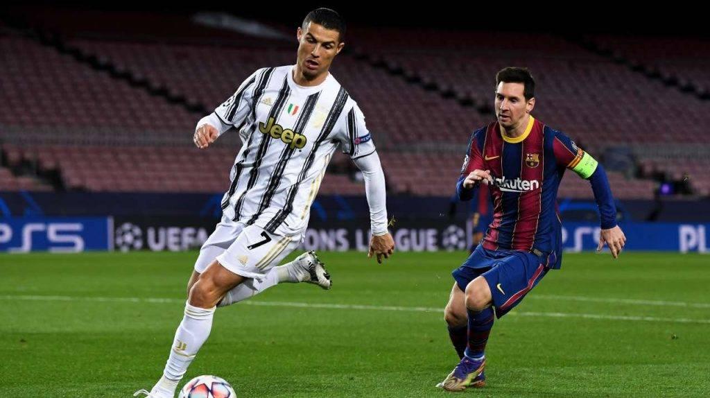 Ronaldo e Messi in campo