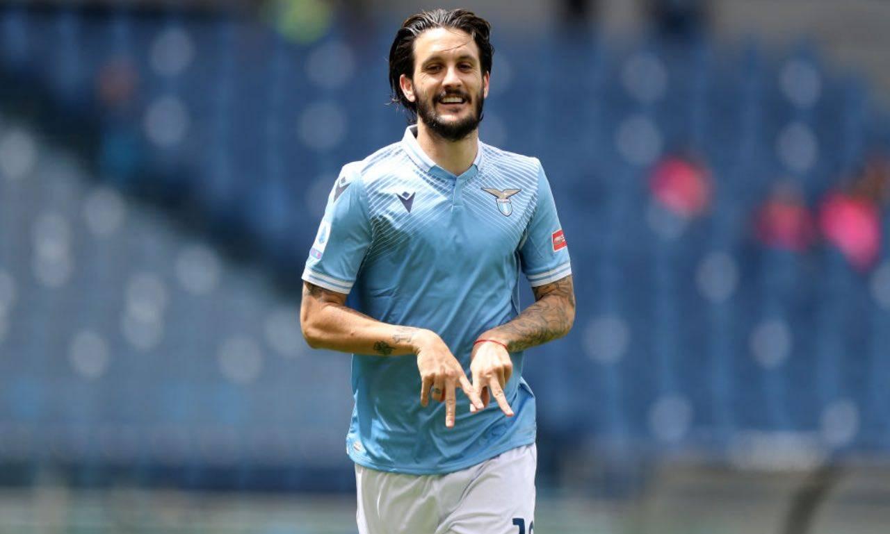 Luis Alberto in campo con la Lazio