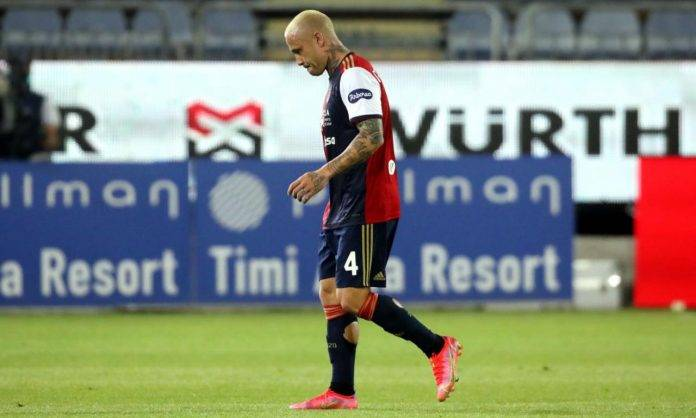 Nainggolan in campo al Cagliari