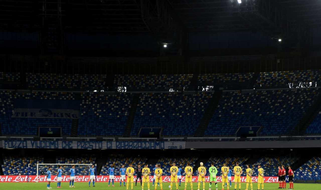 Minuto di silenzio durante Napoli-Verona