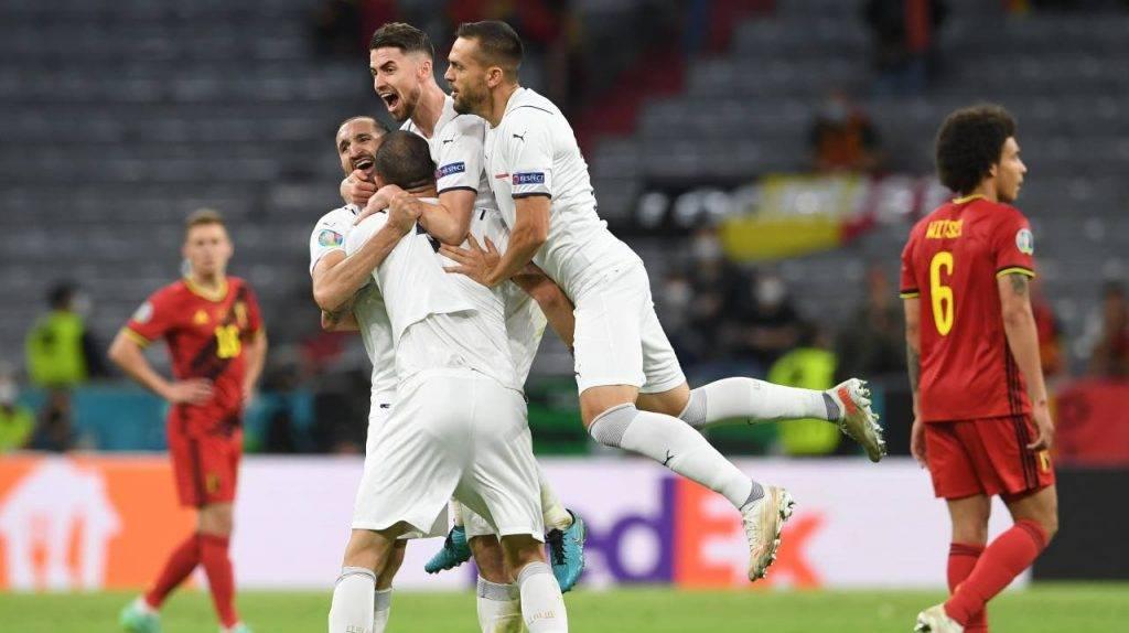 L'Italia festeggia dopo la vittoria contro il Belgio