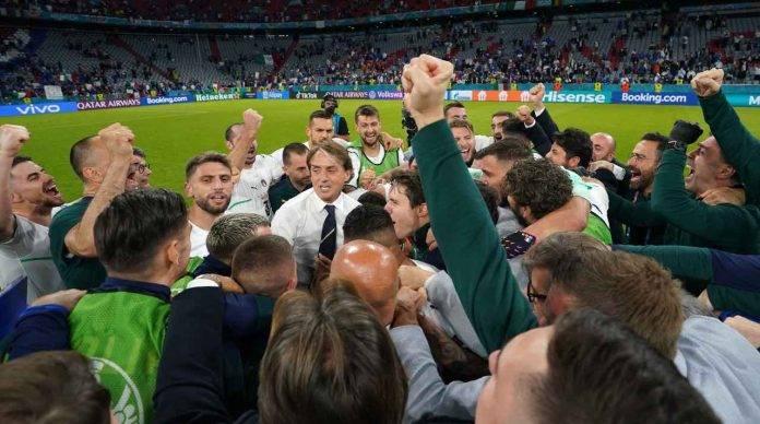 Festa Italia dopo la vittoria contro il Belgio