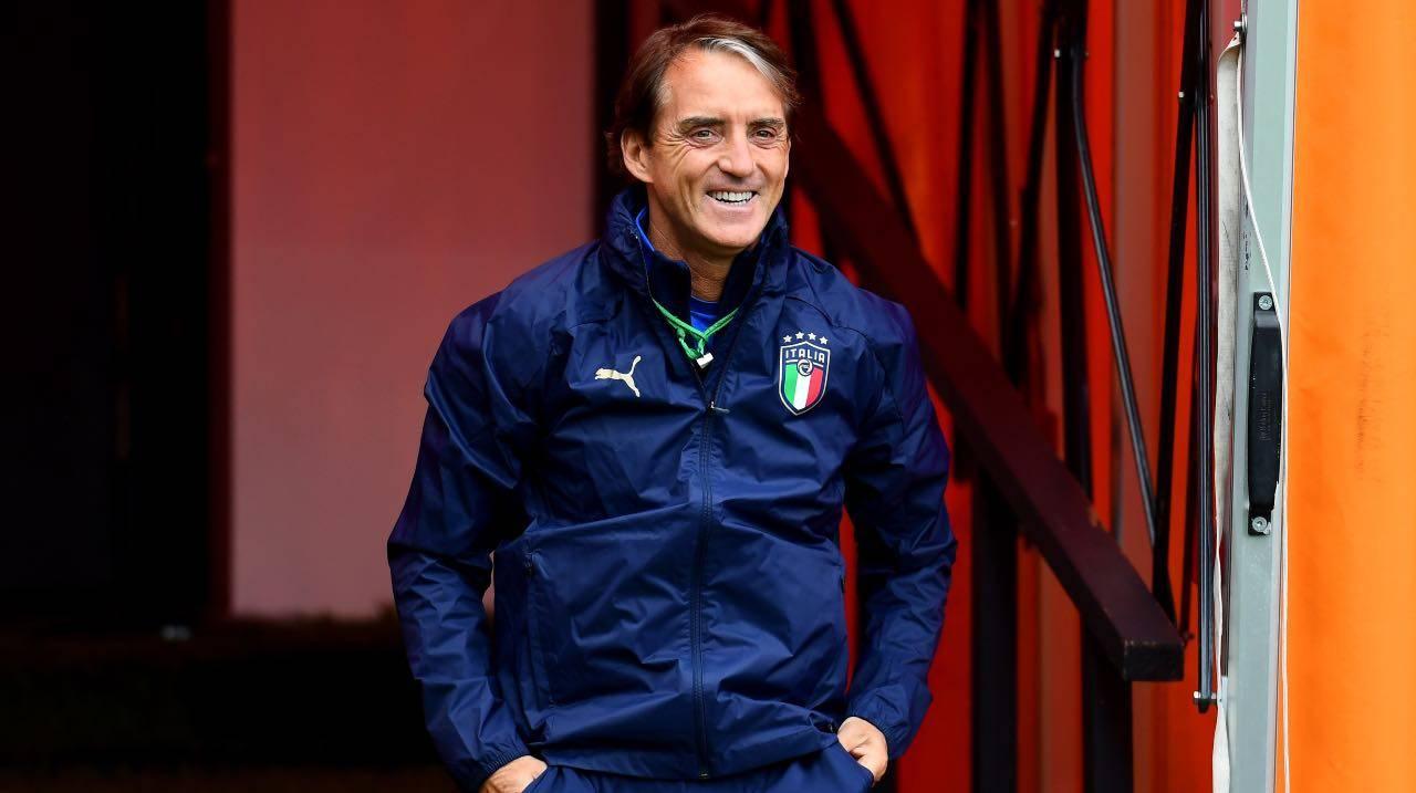 Mancini sorride