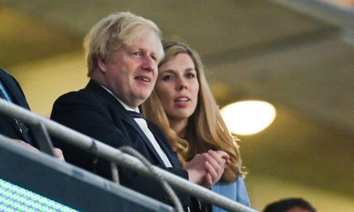 Boris Johnson allo stadio