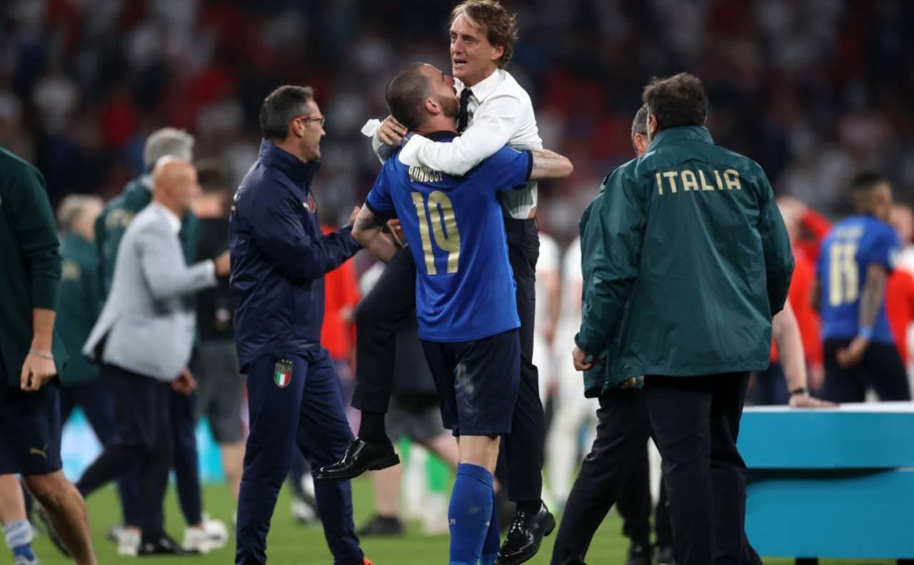 Mancini si abbraccia con Bonucci