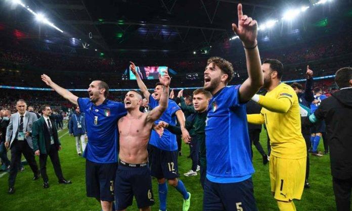 l'Italia esulta per la vittoria dell'Europeoo