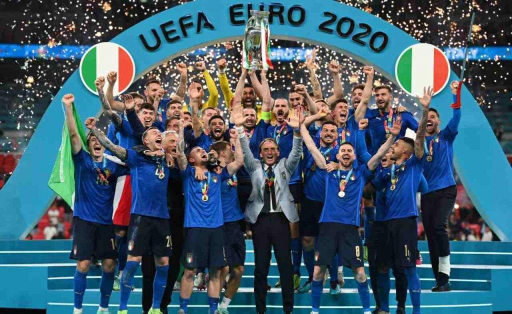 Esultanza Italia con Emerson protagonista