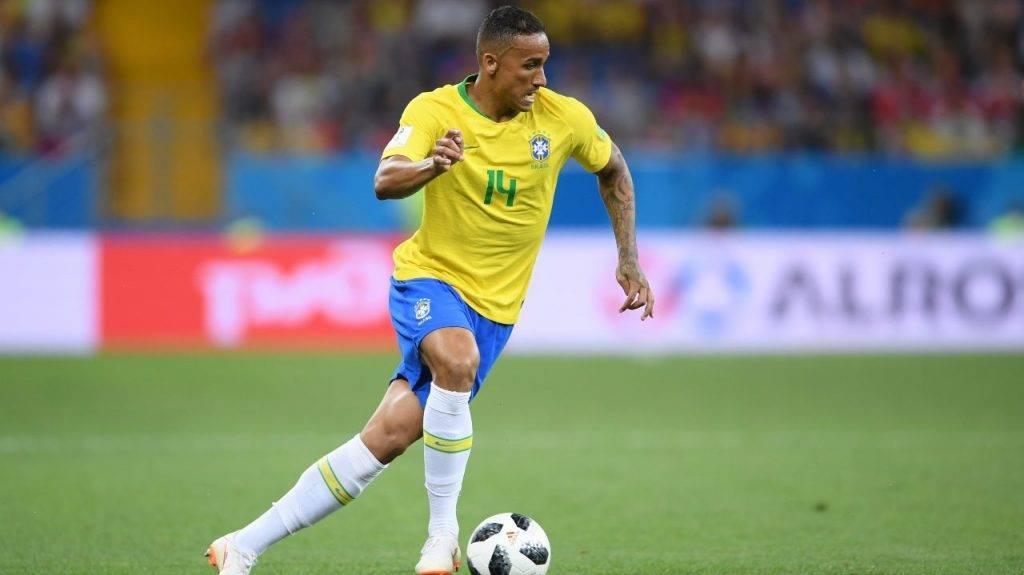 Danilo in campo con il Brasile