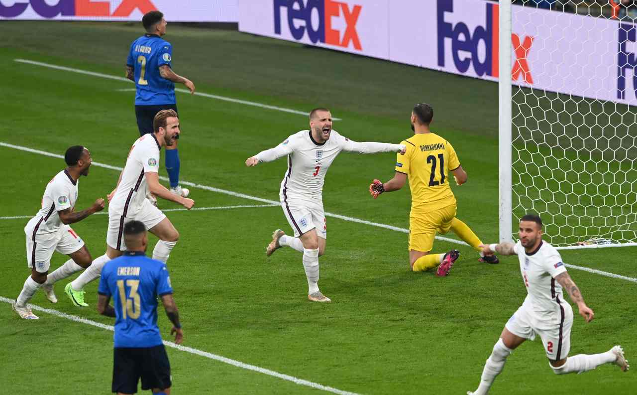 Euro 2020, Italia-Inghilterra: il gol di Shaw
