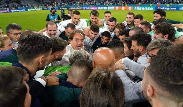 Italia tutti in cerchio
