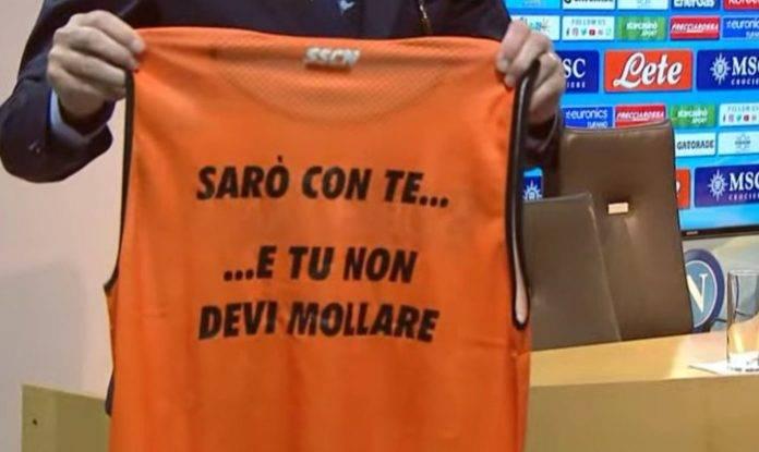 La nuova casacca da allenamento del Napoli