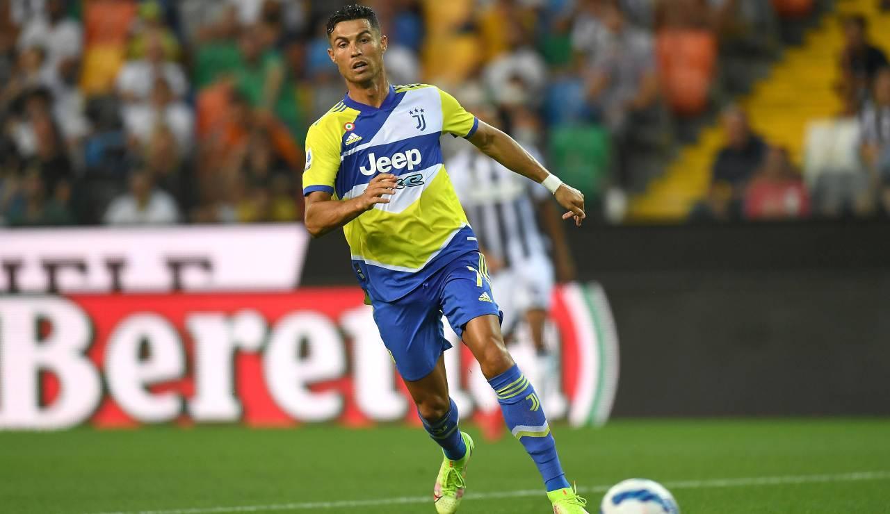 Ronaldo in azione nel match con l'Udinese