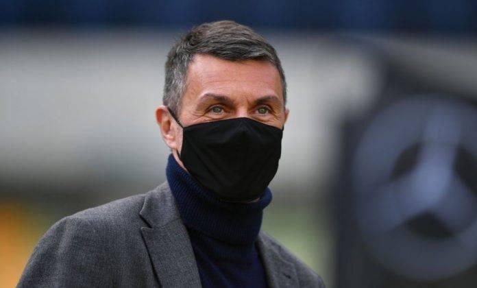 Paolo Maldini con mascherina