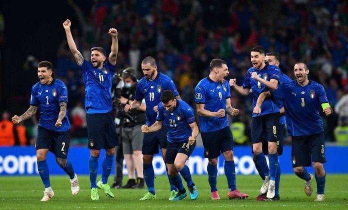 L'esultanza dell'Italia dopo la vittoria a Euro 2020