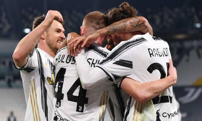 Esultanza di gruppo Juventus