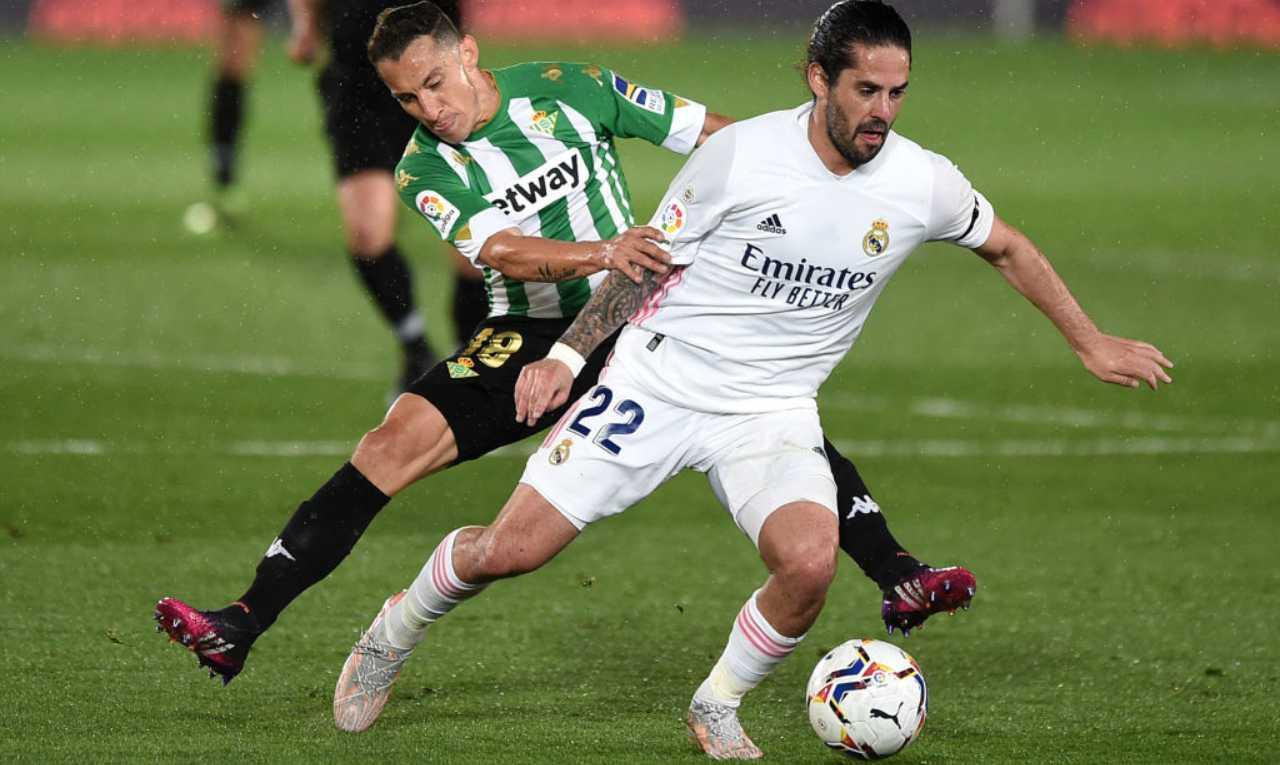 Isco con la maglia del Real Madrid