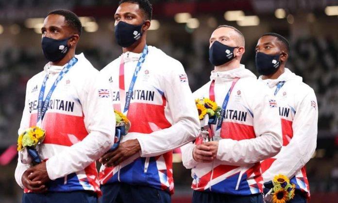 Nazionale britannica sul podio