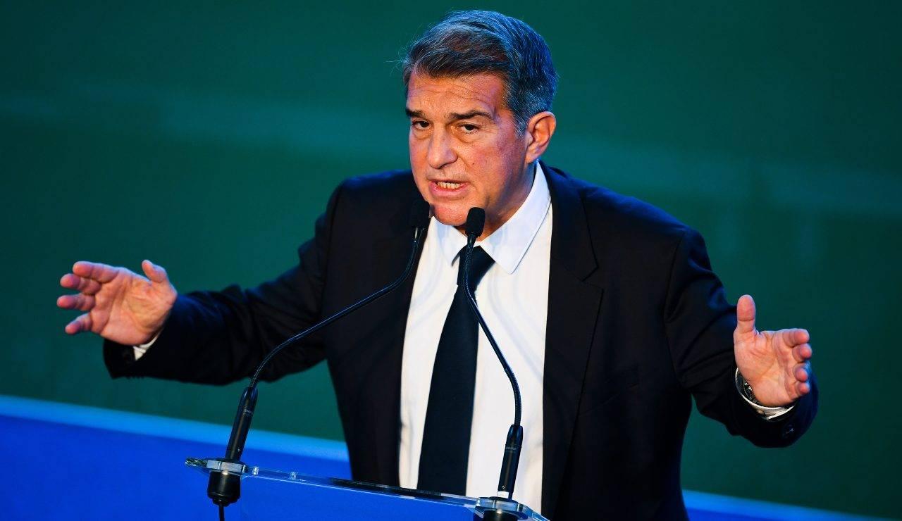 Laporta, presidente del Barcellona in conferenza stampa