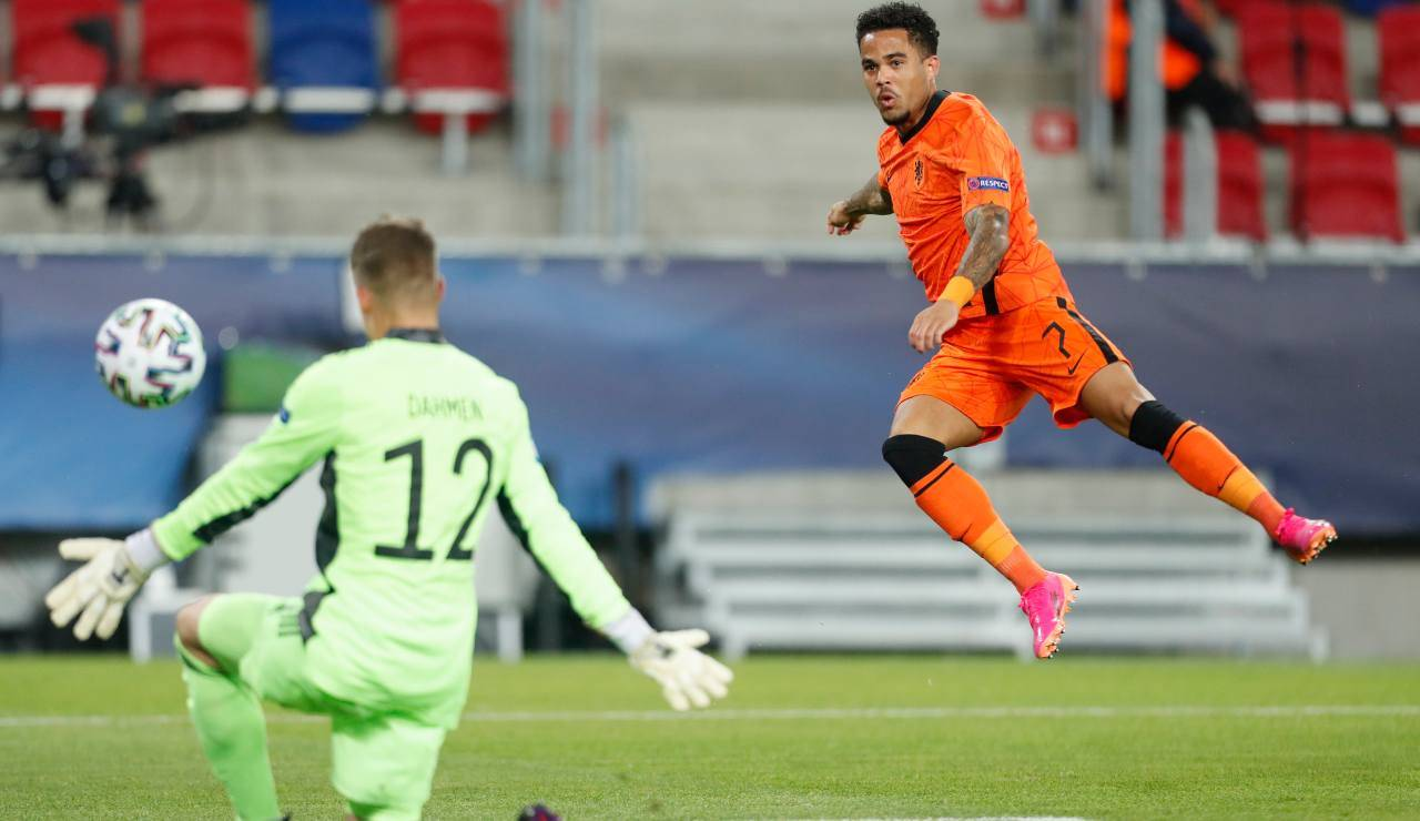 Kluivert con la maglia dell'Olanda U21