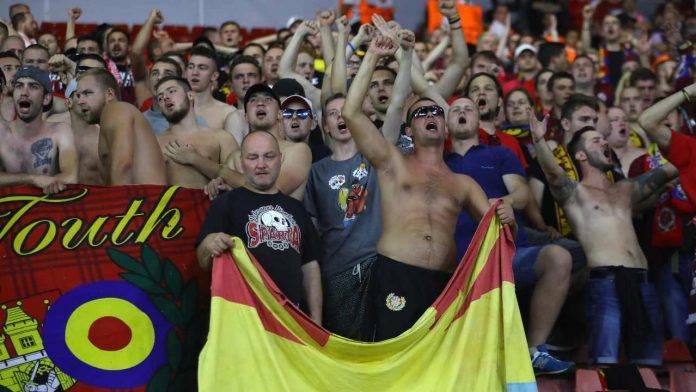 Tifosi dello Sparta Praga durante una gara con il Southampton