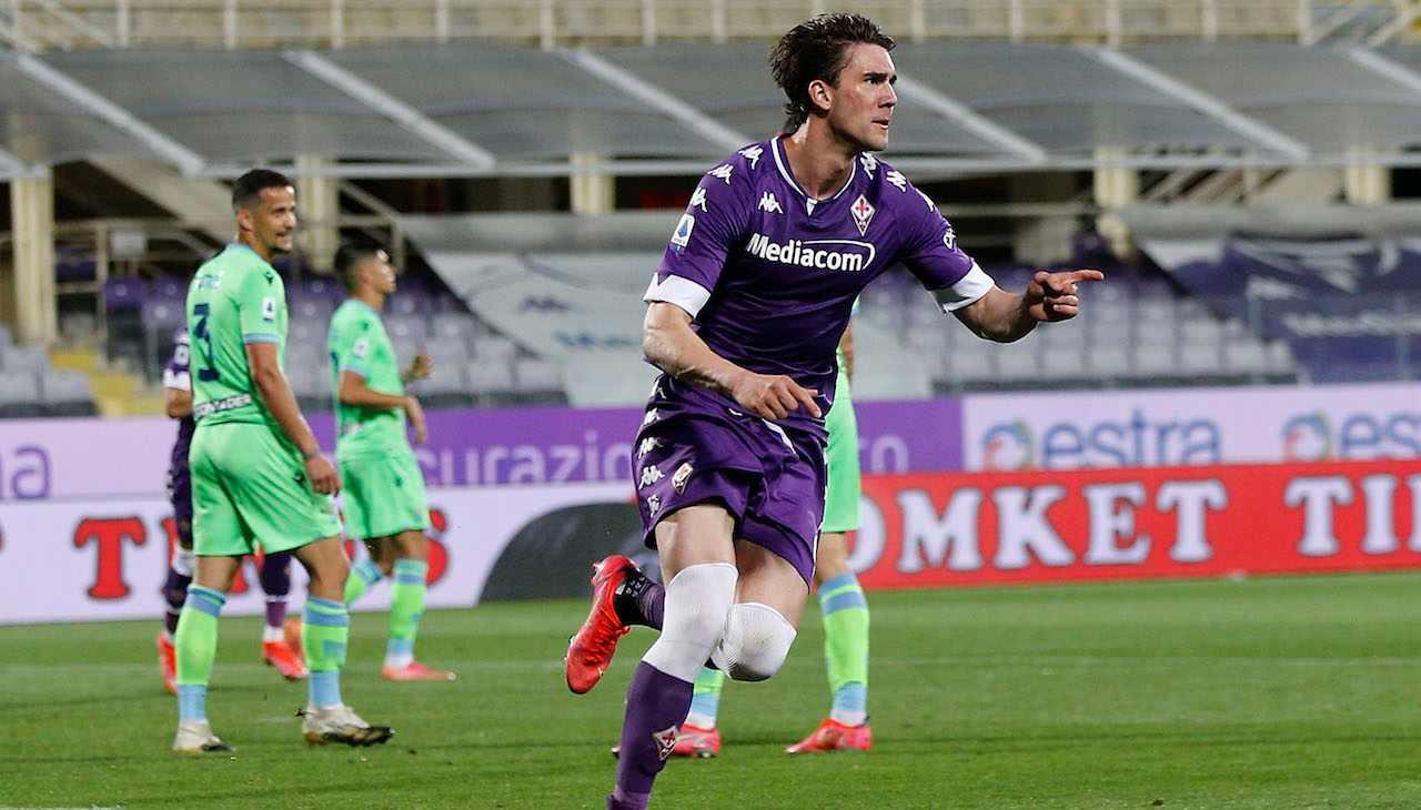 Vlahovic Fiorentina esulta