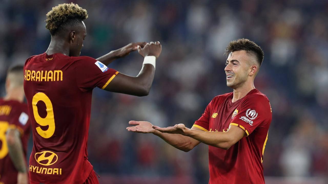 Abraham ed El Shaarawy esultano dopo un gol