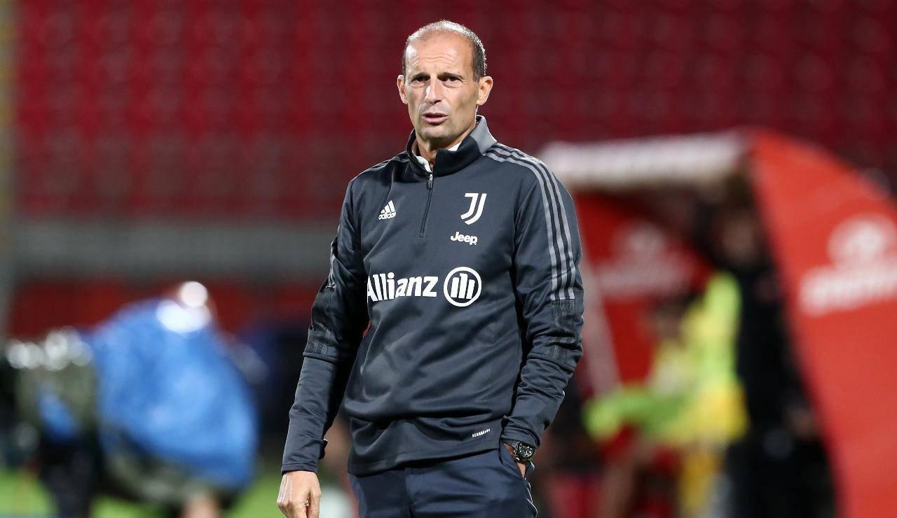 Allegri con la tuta della Juventus