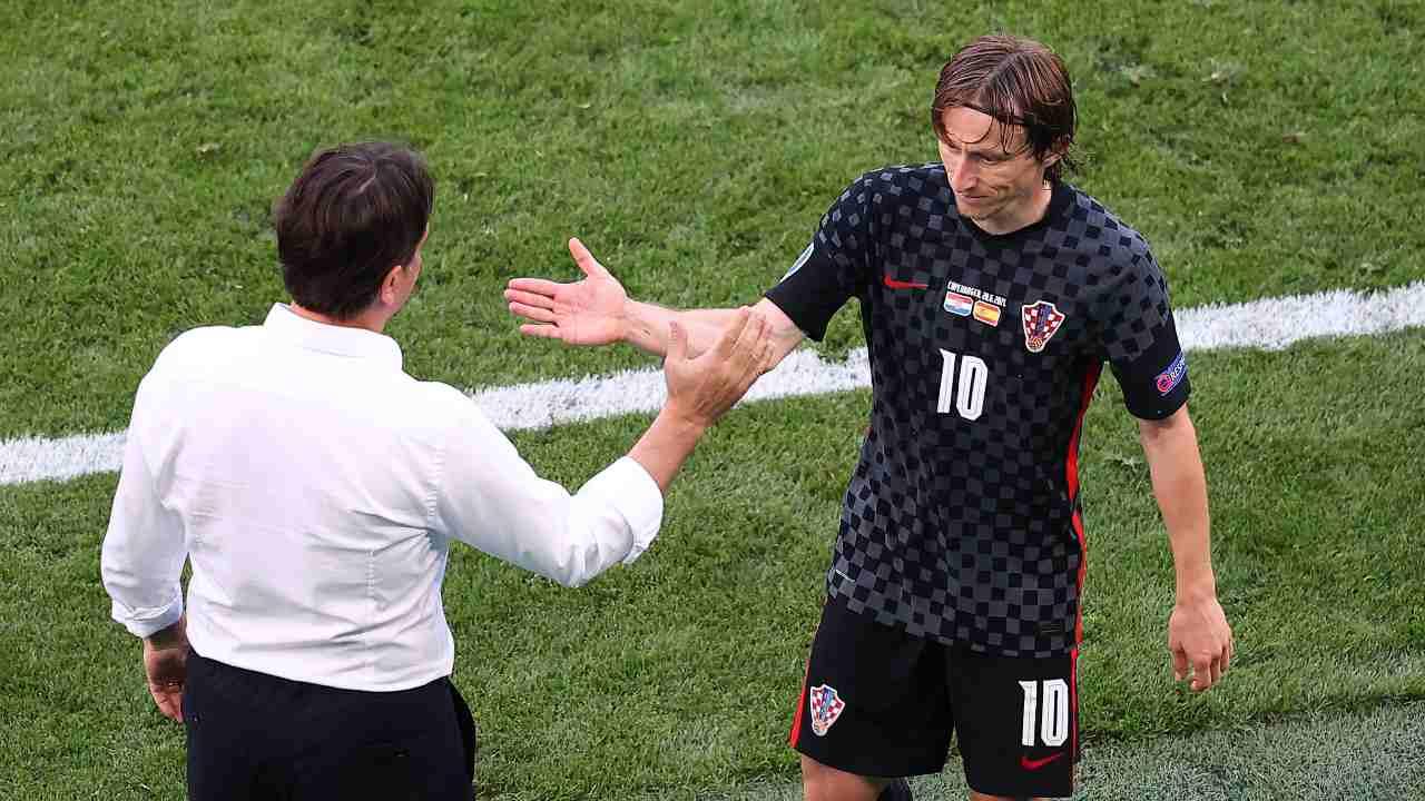 Dalic dà il cinque a Modric