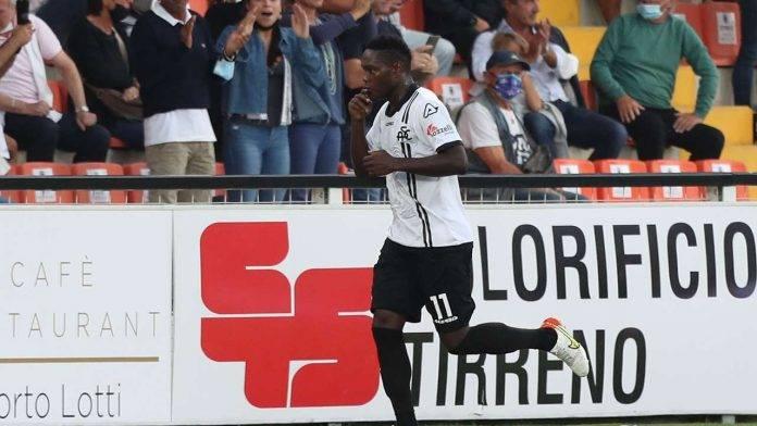 Gyasi esulta Juventus