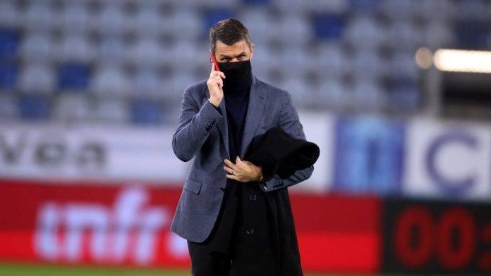 Milan, Maldini parla al telefono
