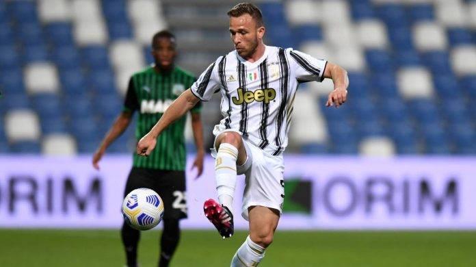 Arthur in campo con la Juventus