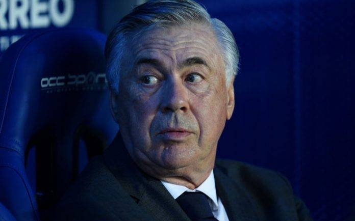 Ancelotti durante Aleves-Real Madrid