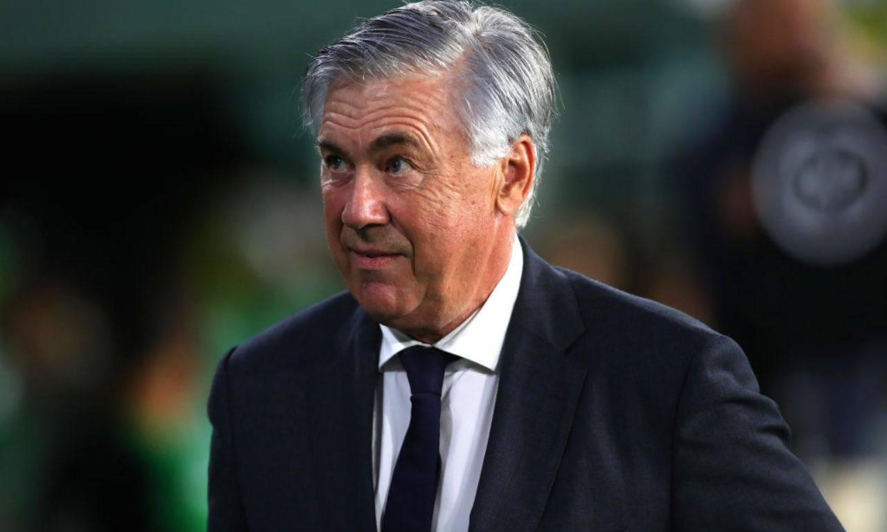Ancelotti durante Betis-Real Madrid