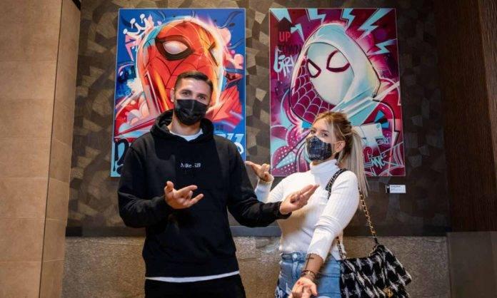 Icardi e Wanda Nara con la mascherina